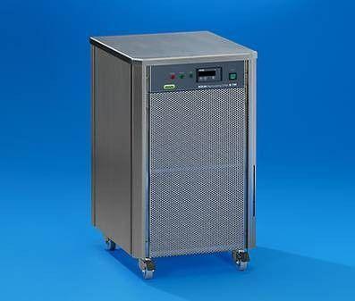 BUCHI Corporation - B-740 Recirculating Chiller
